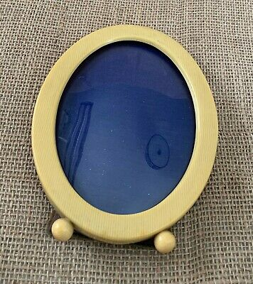 Vintage Ivory Pyralin Celluloid Oval Photo Frame with 2 Ball Feet & Curved Glass