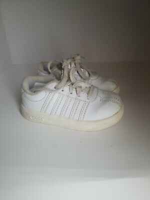 """NIB K-SWISS INFANTS// TODDLERS  /""""ST329/"""" WHITE SNEAKERS SIZE 2"""