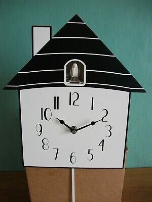 Modern Cuckoo Clock House Electronic Sound And Movement Wall Mounted