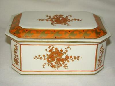 Gorgeous Vintage Hand Painted CHINESE FLOWERS Porcelain Box, ITALY