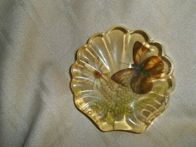 HTF RETRO VINTAGE DESIGN GIFTS ACRYLIC LUCITE BUTTERFLY & FLOWERS Paperweight