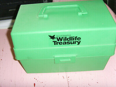 Illustrated Wildlife Treasury box animal cards vintage collector set education