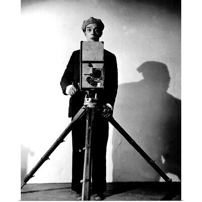 Poster Print Wall Art entitled Buster Keaton in The Cameraman - Movie Still