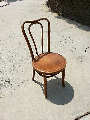 One ANTIQUE BENTWOOD BISTRO CHAIR BY J & J KOHN AND MUNDUS Art Noveau