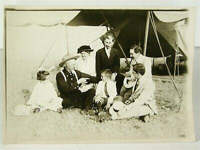 1910s BUFFALO BILLS WILD WEST PHOTO OF BILL CODY ON THE SHOWGROUNDS w/ CHILDREN
