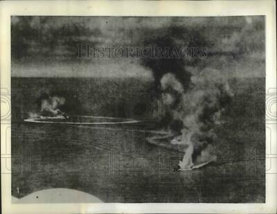 1942 Press Photo Two British cruisers before they sank due to Japanese hits
