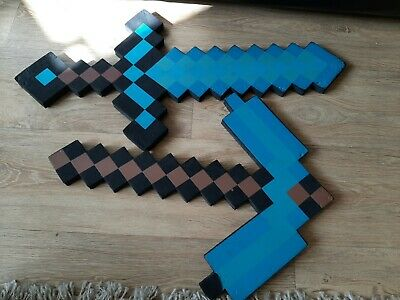 NEW MINECRAFT 2 in 1 Transforming Gold Sword and Pickaxe