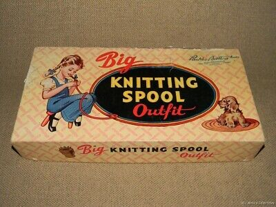 Vintage Parker Brothers Big Knitting Spool Outfit 1948 FREE US SHIPPING
