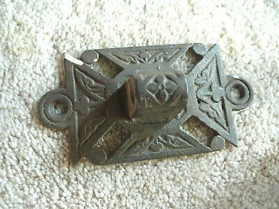 "ANTIQUE CAST IRON LARGE EASTLAKE WALL MOUNT for SWING ARM BRACKET LAMP 2-1/2""x5"""