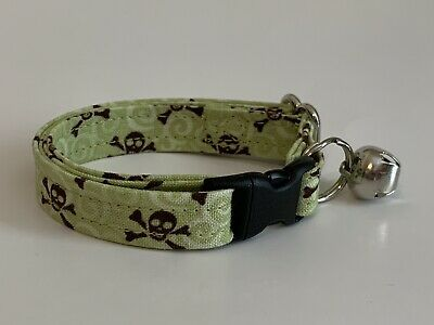 SKULLS ON GREEN CAT OR KITTEN COLLAR (you choose the size)