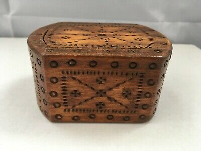 LOVELY ANTIQUE DECORATIVE CARVED WOODEN BOX - SLIDING LID 3.7 by 2.7 inches