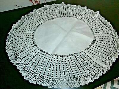 """VICTORIAN WHITE COTTON DAMASK with HAND CROCHET LACE ROUND DOILY 15"""" diameter"""