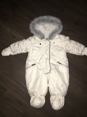 BABY K Mylene Klass 0-3 Pearly White & Silver Snowsuit Complete/mitts