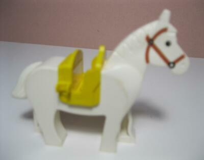 LEGO LOT OF 10 NEW PEARL GOLD HORSE ANIMAL SADDLES CASTLE KNIGHT PARTS