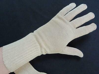 Vintage Knitted Gloves 1930s Ladies Cream Wrist Length Original Shop Label 30s