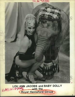 1986 Press Photo Lou Ann Jacobs and Baby Dolly of Royal Hanneford Circus