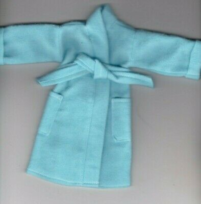 Homemade-Solid Light Blue Flannel Robe That Fits Ken//Barbie and Elf Doll R3