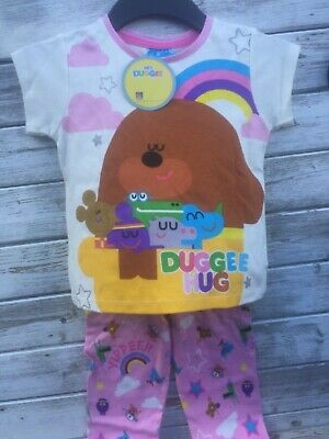 Hey duggee girl pyjamas set age 5 years