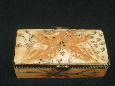 Collect Ancient China Tibet Hand-carved Vivid Lovely Owl Jewelry Box Decoration