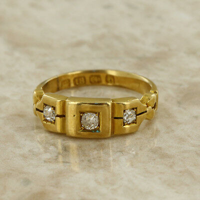 Antique Victorian (1880) 18ct yellow gold 3 stone diamond ring size H 1/2