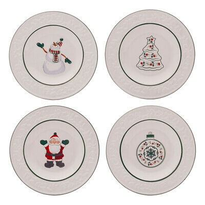 Pfaltzgraff Christmas Winterberry Set of 4 Accent Salad Plates