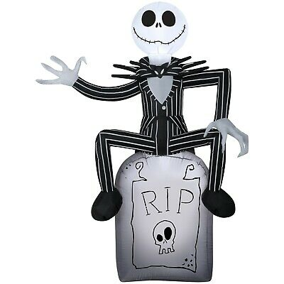 Inflatable Nightmare Before Christmas Jack Skellington Halloween Yard Decoration