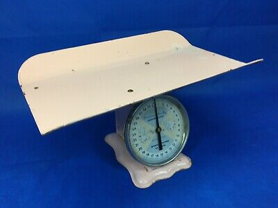 Vintage 1960s American Family Nursery Scale 30 lb Pink Tray