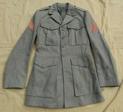 WWII / WW2 U.S. Marine Corps, Enlisted Marine Service Coat, Size 5L, Dated 1944,