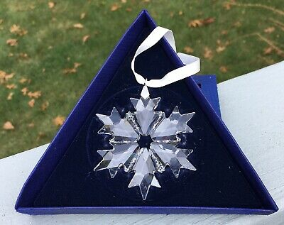 Swarovski 2018 Large Snowflake Ornament