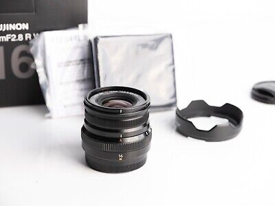 Fujifilm XF 16mm F2.8 R WR Lens in Excellent condition