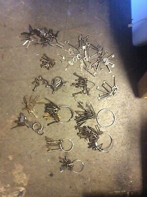 MEGA collection of old keys Vintage Antique Skeleton key lot, lots of lots
