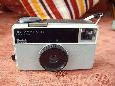 Kodak INSTAMATIC 28 Camera In Working Order - Great Condition - Very Collectable