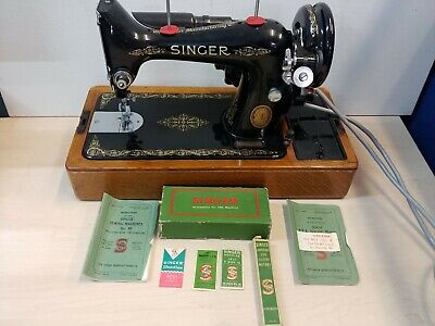 Vintage Singer Electric Sewing Machine 1951 Model, with Case @11D