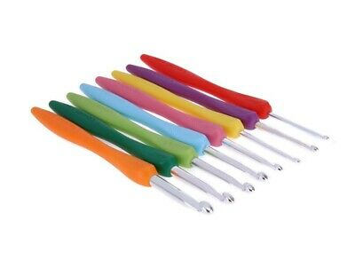 Crochet Hook Easy Grip Soft Handle 2.5mm to 6mm Sizes