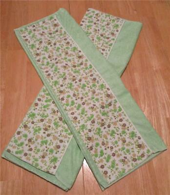 Vintage Fashion Manor Pair Of Green 💚 With Floral Hem Muslin Pillowcases 😴