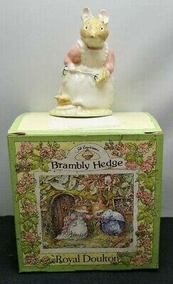 Lovely Royal Doulton Brambly Hedge Clover DBH16 Porcelain Figurine SU528
