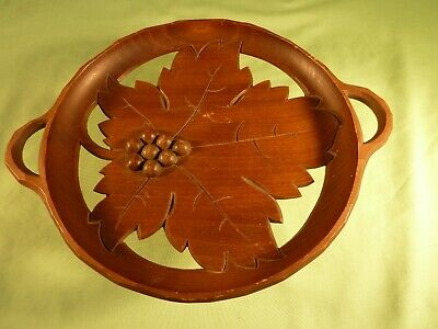 Carved Wood Leaf Dish Fruit Bowl Musical Edelweiss Swiss Movement Cuendet
