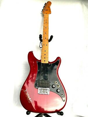 Fender Lead l Electric Guitar in Candy Red, Maple Neck, With Hard Case