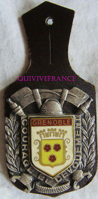 IN11584 - INSIGNE Sapeurs Pompiers  GRENOBLE, 38