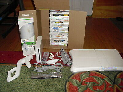 Nintendo Wii Console White System RVL-001 Bundle w/ 28 Games WII BOARD