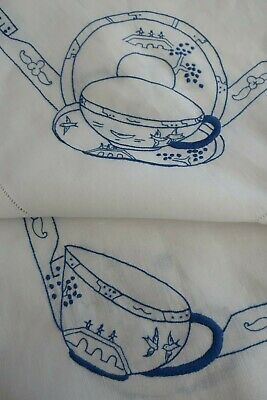 vintage white cotton TABLE CLOTH blue embroidered BLUE WILLOW TEA SET 90cm sq