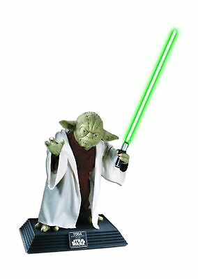 Star Wars Collector Yoda Statue Character Removable Lightsaber Life Size Model