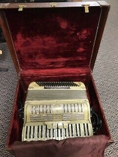 Very nice Antique Noble Accordion in the case  complete with Straps - 1950's ?