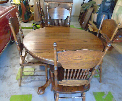 """Antique Vintage Oak Claw Foot Table, W/2-12"""" Leafs w/6 Spindle Back Chairs"""