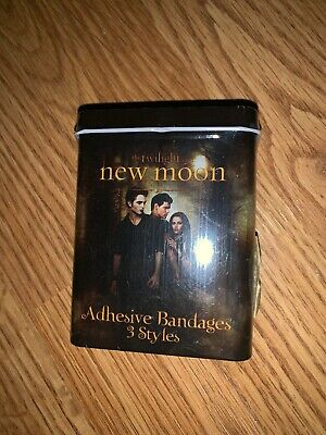 The Twilight Saga New Moon Adhesive Bandages NEW IN PACKAGE RARE!