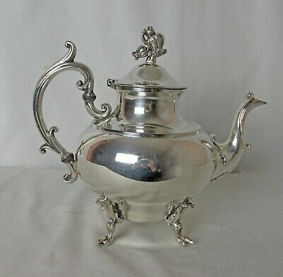 Middletown Sp Co Silver Plated Teapot Flower Finial C: 1930'S Lovely Piece