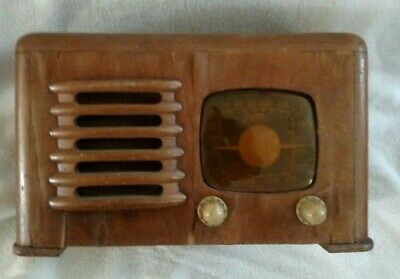Vintage Zenith Table Radio The toaster model 6D525 needs some work