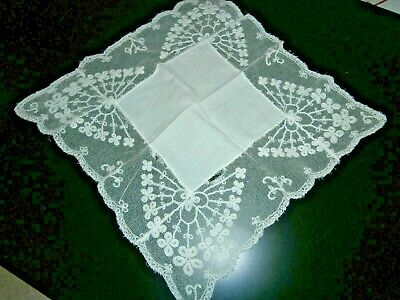 VICTORIAN FINE OFF WHITE COTTON with EMBROIDERED LACE LADIES HANDKERCHIEF