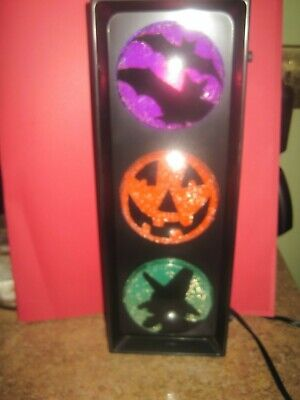 Lite F/X Blinking Halloween Traffic Light Bats, Pumpkin & Witch