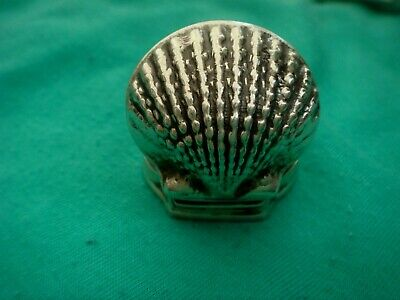 A Fine Solid Sterling Silver Hallmarked Oyster Shell Shaped Snuff Box / Pill Box